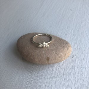 Picture of jewellery item available at the courtyard arts gift shop